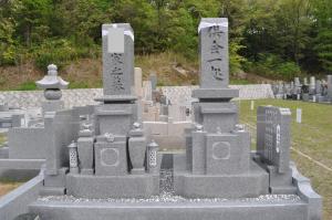 弊社建立の大島石特級墓